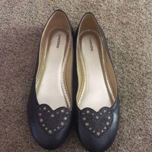 Lands End womens flats. Worn once. Size 6